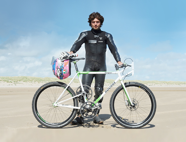 Guy Martin breaks the British land speed record using Reynolds